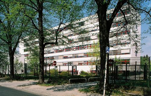 Campus Lankwitz, Building L (Former Location of the Institute, 1981-2007);
