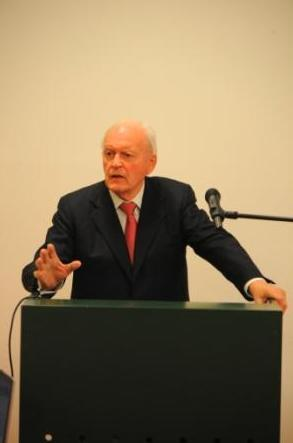 "Winfried-Fest-Lecture 2009: ""The relevance of cultural exchange for foreign cultural and educational policy"""